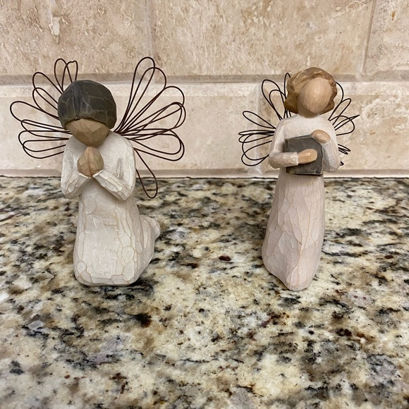 2 willow tree angels
